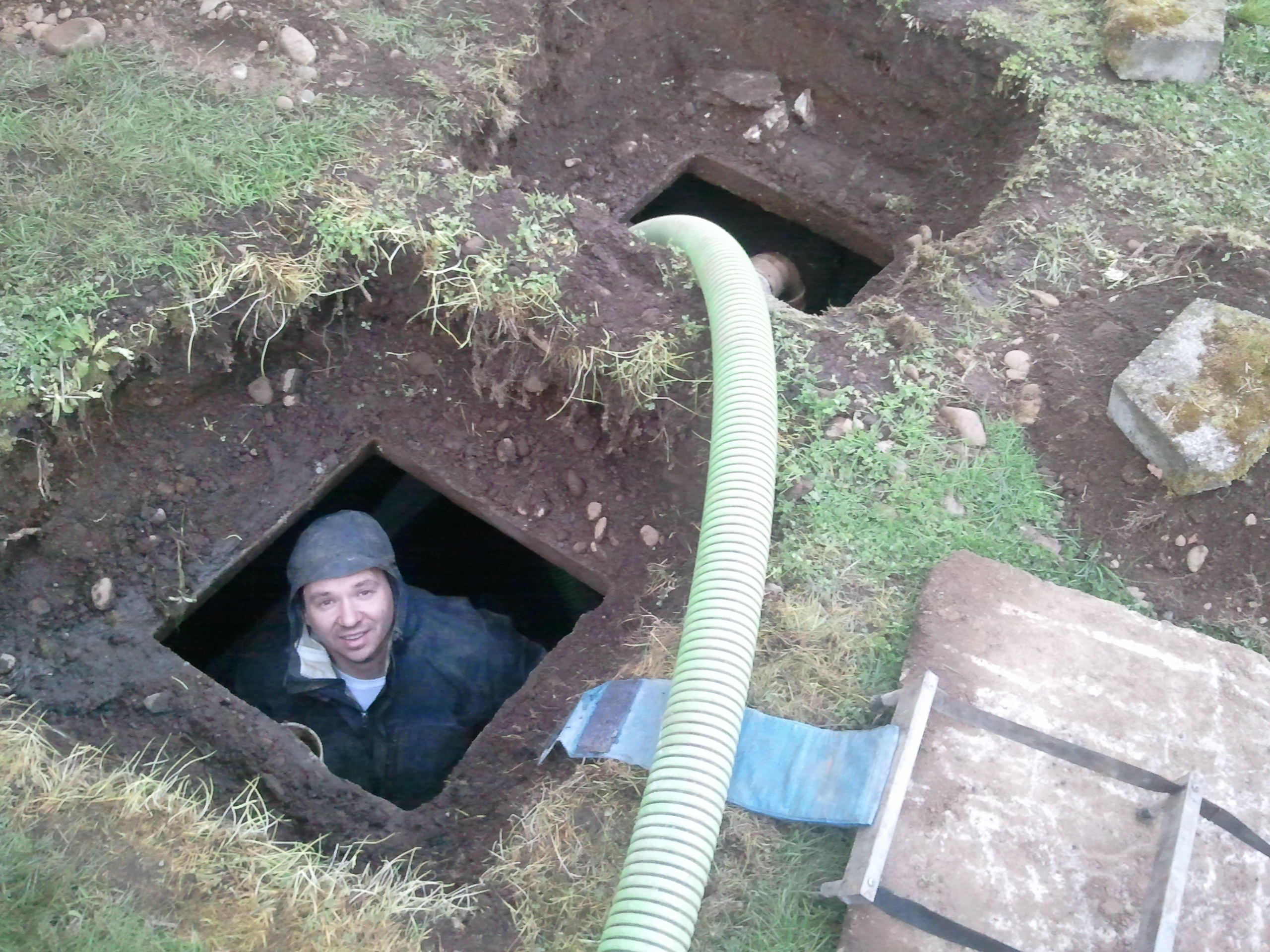 Homemade septic tank crazy homemade for How to build a septic tank
